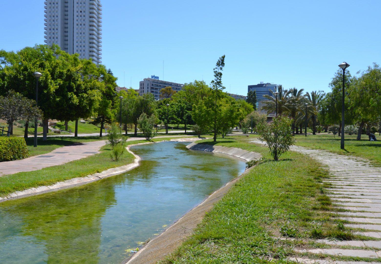 Jard n del turia for Centro de salud ciudad jardin badajoz