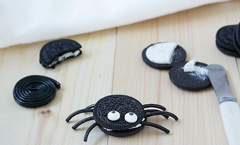 Recetas infantiles para Halloween - aranas-oreo