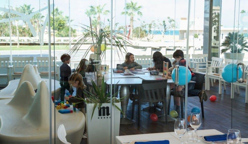 Restaurante Arribar. Comer con niños en Valencia