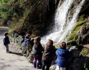 Las fuentes de Navajas con niños