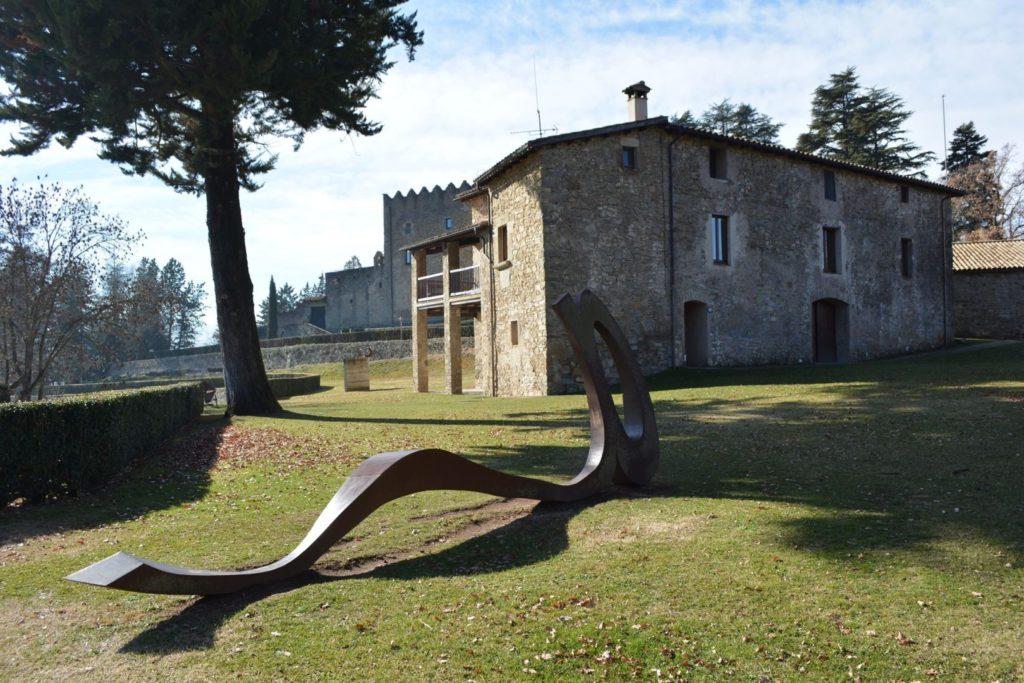 Parque y Castillo Montesquiu