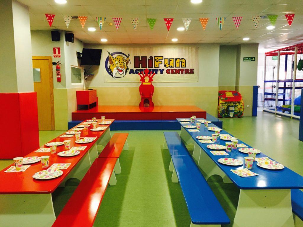 Cumpleaños en Hi-5 Education Centres