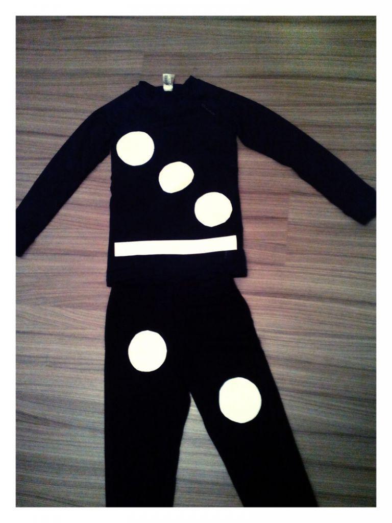 Disfraz casero de ficha de dominó 2