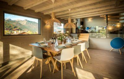 Comedor con vistas de casa alquiler vacacional - Muchosol