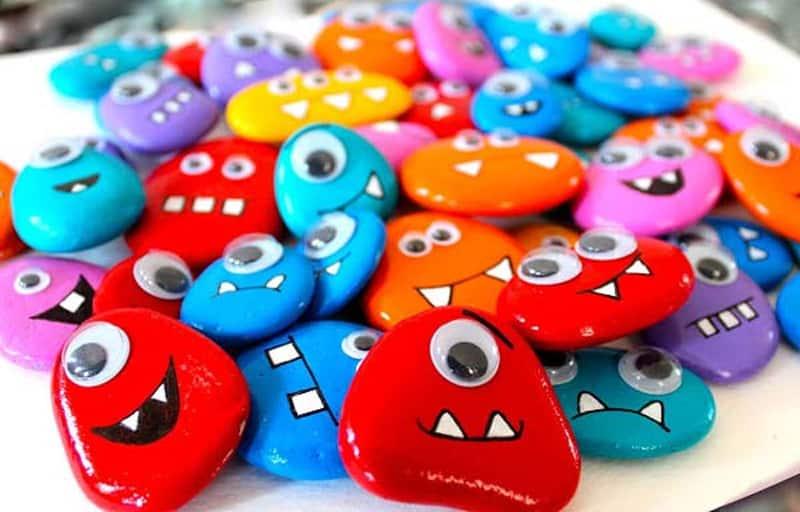 piedras pintadas monstruitos