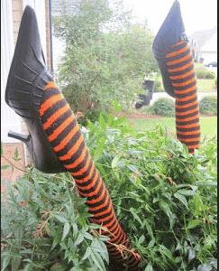decoración halloween piernas de bruja