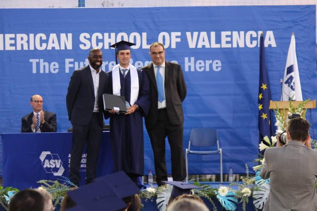 American School of Valencia termina el curso con la graduación de la promoción 2020